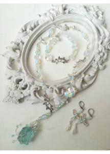 Комплект ръчно изработени бижута от Аквамарин, Лунен камък и кристали Сваровски Sea Dream by Rosie
