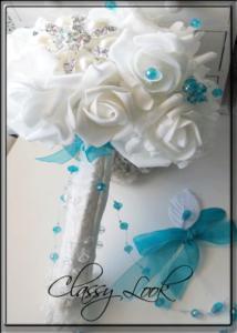 Сватбен букет в тюркоазено от Charmybride