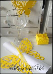 Комплект покана пеперуда, украса за чаша и кутийка за подаръче Charmybride