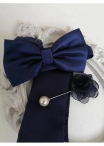 Комплект за младоженец папийонка, кърпичка и бутониера в тъмно синьо