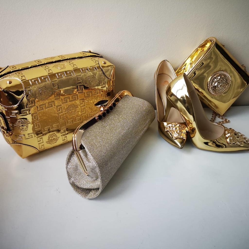 Чанти с красив перлен ефект