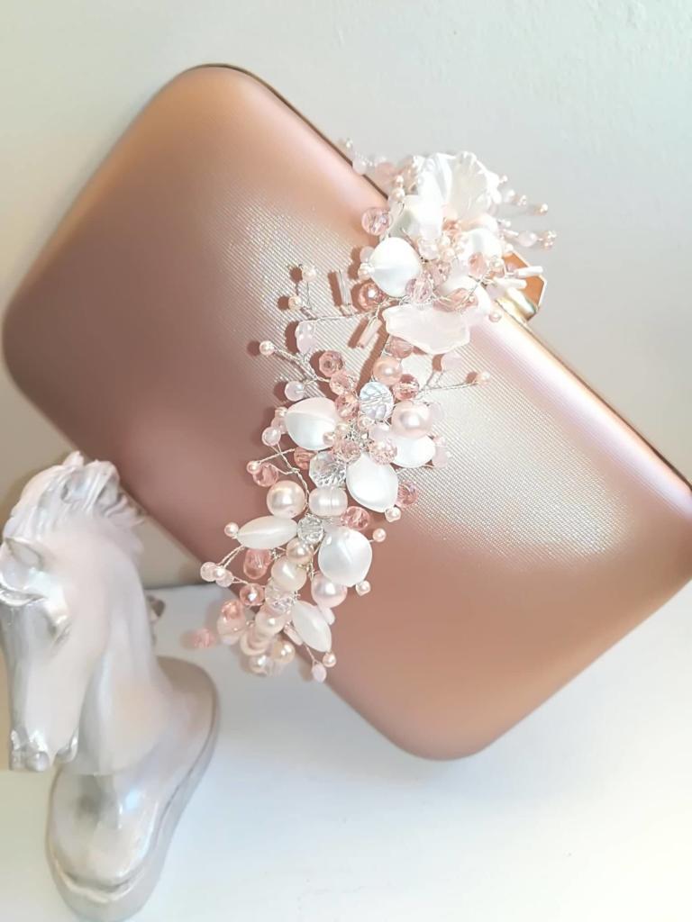 Дамски чанти и дизайнерски бижута от CharmyRose.com