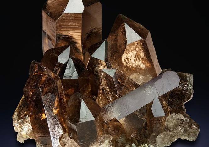 Опушен кварц - камъкът който пази от лоша енергия