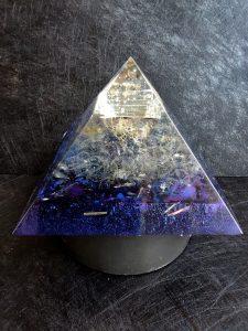 """Пирамида оргонит за защита и хармония - """"As Above, So Below"""" XXXL"""